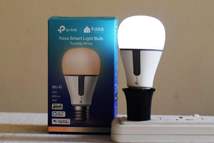 TP-Link_KASA_Smart_Bulb_KL-120-White-Light