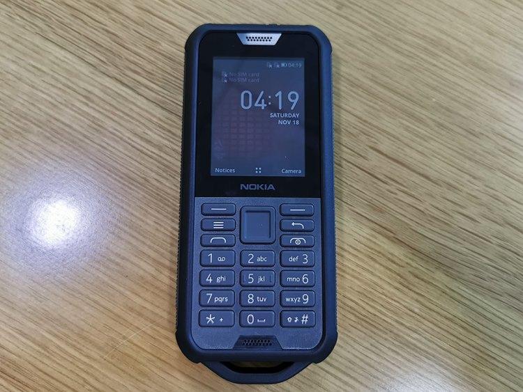 Nokia_800_Tough