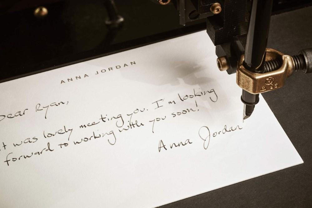 Kundennähe durch handgeschriebene Briefe
