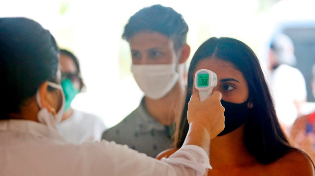 Nuevos horarios y aforos en SLP tras incremento de contagios