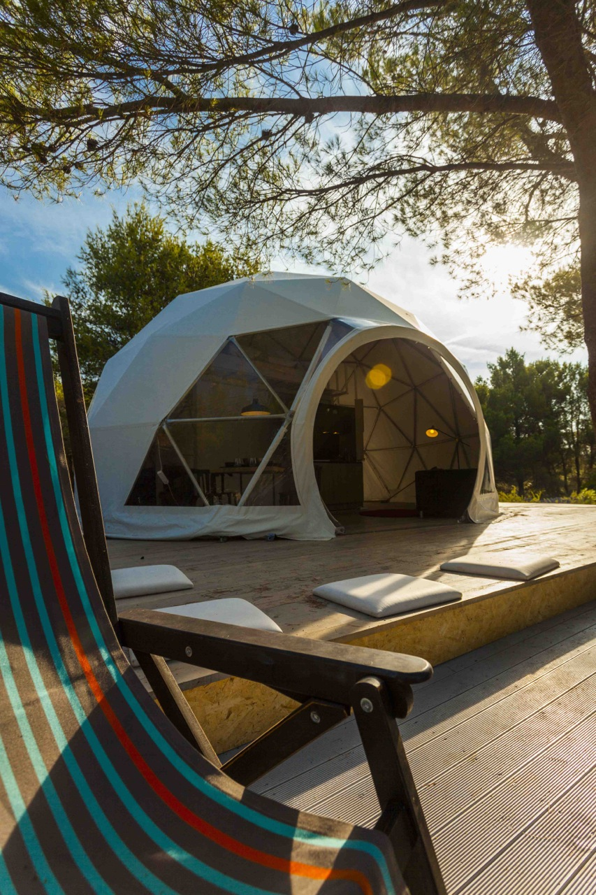 kitchen portable island plumbing croatia's first luxury glamping dome opens for tourists ...