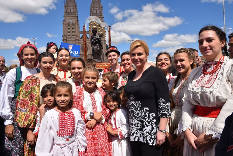 photos croatian president meets