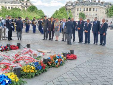 Arc de Triomphe - Hommage aux soldats croates
