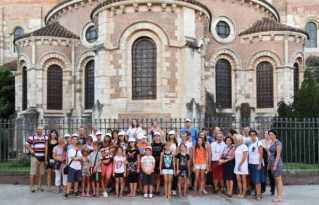 Le groupe devant St Sernin
