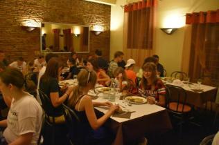 le dîner au restaurant 2