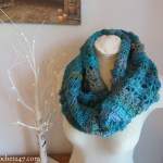 Unforgettable Hazel Cowl crochet pattern from Crochet247