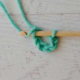 Crochet a Foundation Ring