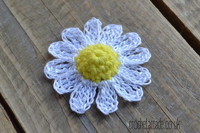 Free Crochet Flower Pattern Day 6 Daisy Crochet Arcade