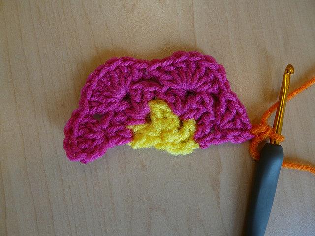 how to make a crochet hexagon half