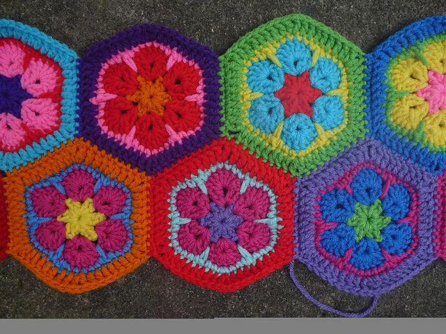 crochet hexagons for a crochet bag
