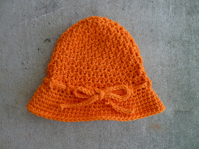textured crochet cloche