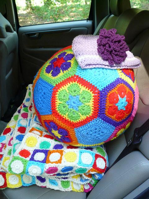 crochet soccer ball, crochetbug, crochet hexagons, crochet pentagons, crochet flower, crochet hat, crochet blanket, crochet afghan, crochet throw, hilbert curve
