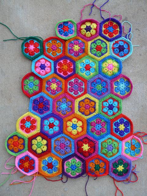 crochet hexagon motifs for a crochet bag