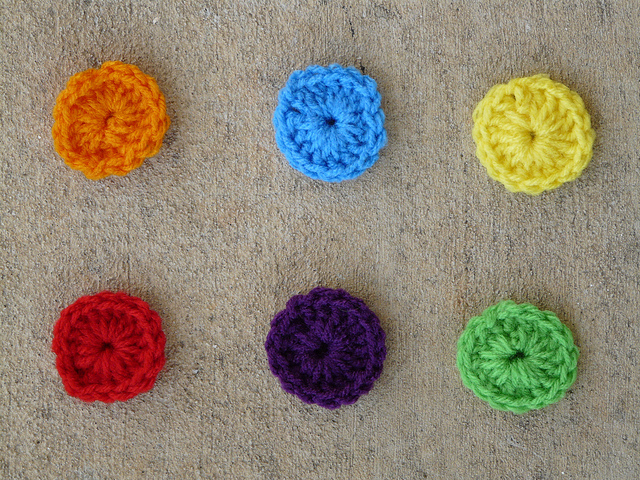 six crochet circles