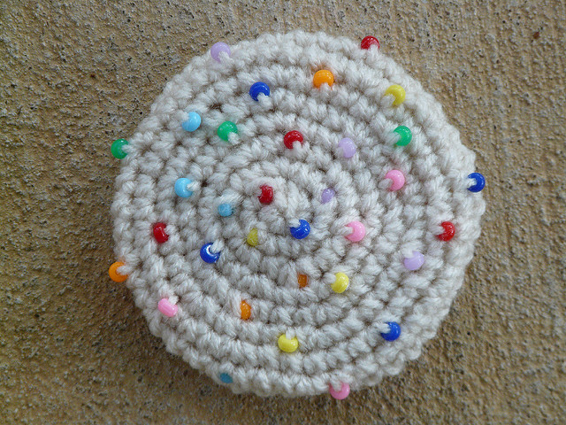 crochet cookie with sprinkles