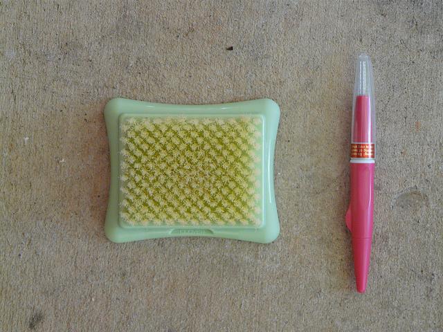 crochetbug, crochet, needle felting tools, needle felting pen, needle felting pad