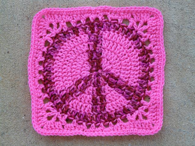 I Make A Peace Sign Granny Square Crochetbug