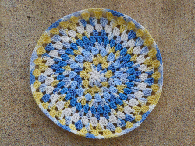 crochet granny pillow cover