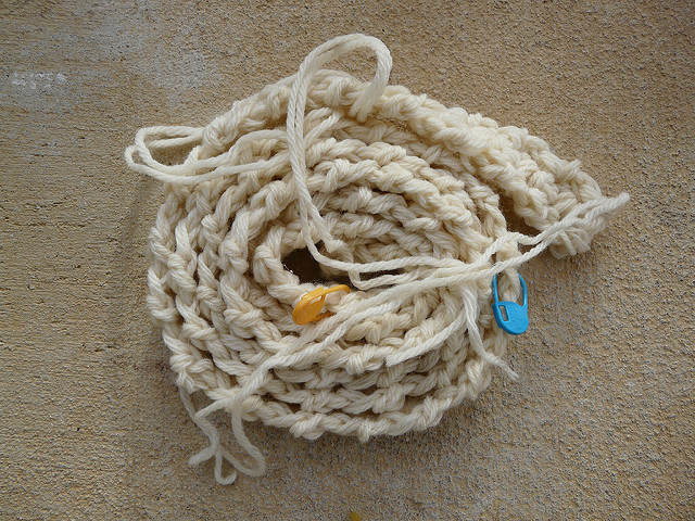 crochet straps for felting