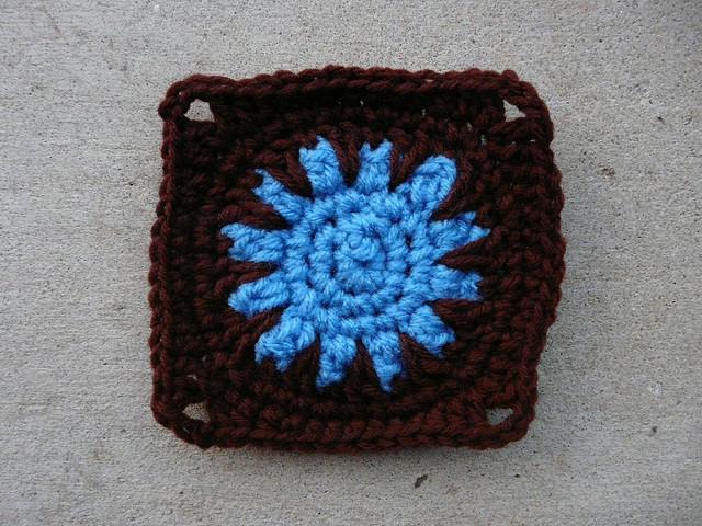 crochet square crochet sun center