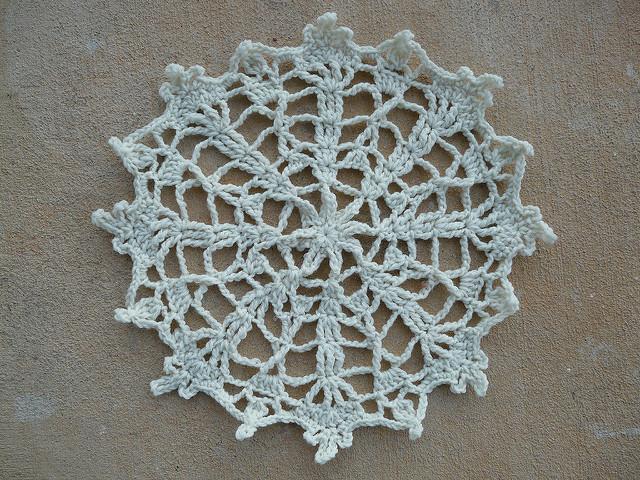 crochetbug, crochet circles, crochet doily, yarn doily, crochet snowflake