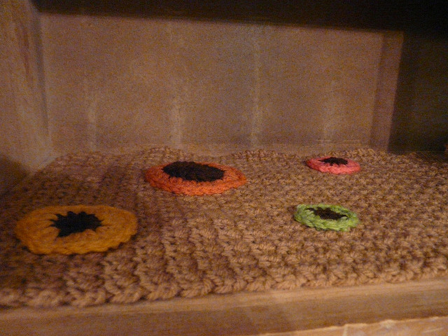crochet shelf liner