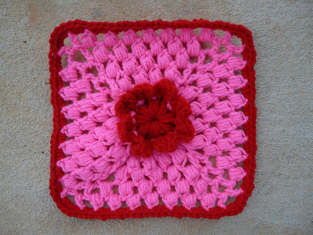 crochet square crochet circle center