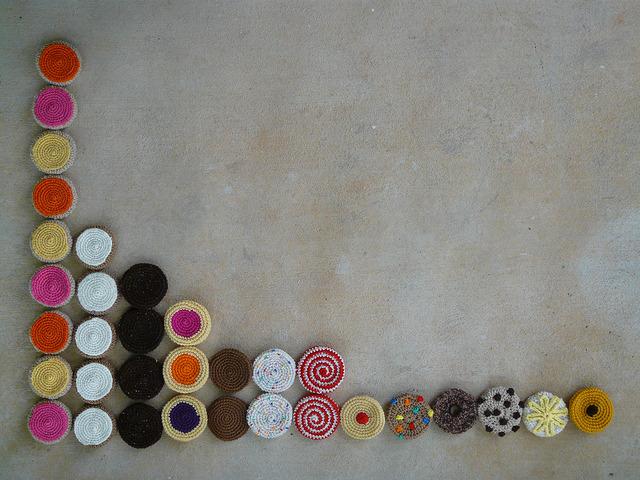 33 crochet cookies