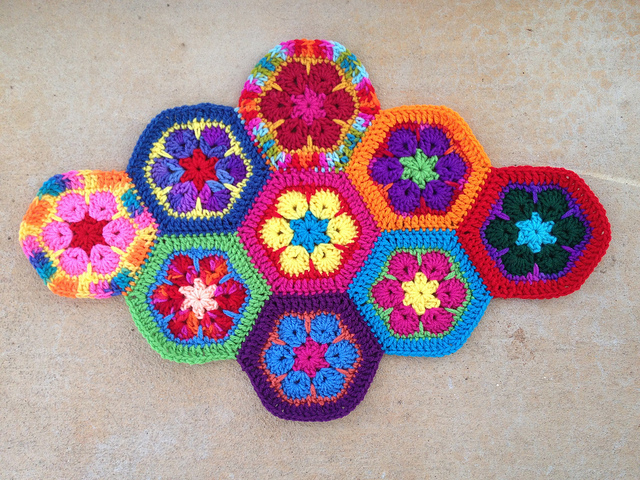 crochetbug, crochet, crochet flower, crochet hexagon, crochet african flower, crochet motif, crochet meditation
