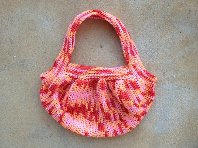 crochetbug, vintage yarn, crochet fat bag, crochet bag, sherbet mix