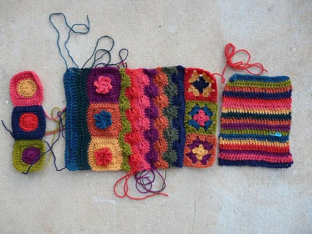 crochetbug, crochet circles, croche squares, crochet flowers, textured crochet, crochet stripes, double crochet stripes, crochet strips, granny squares