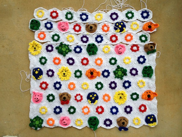crochetbug, crochet hexagons, crochet blanket, crochet afghan, crochet throw, crochet animals, crochet flowers