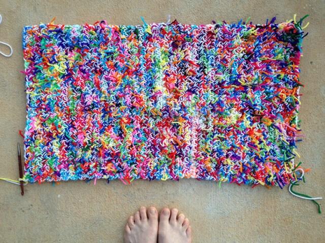 kitty litter crochet mat