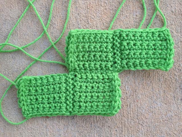S crochet tetromino, crochet squares, crochetbug, crochet blocks