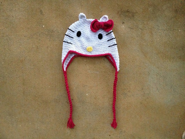hello kitty crochet chemo cap