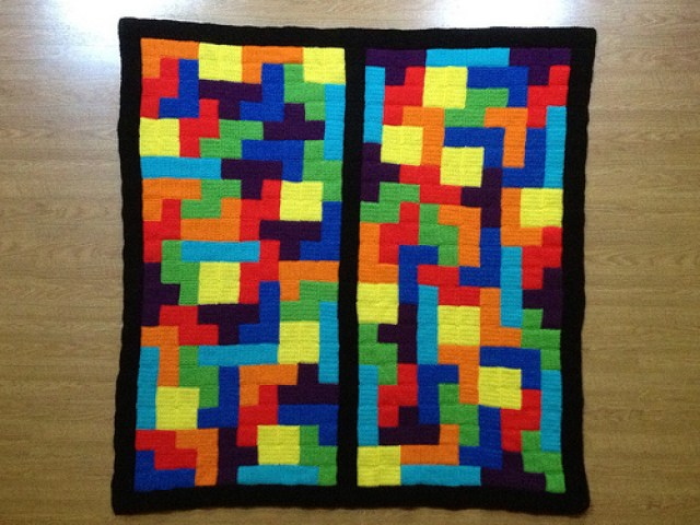 tetris crochet blanket with a single crochet border