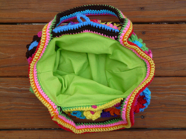 crochet flower crochet purse with fabric lining
