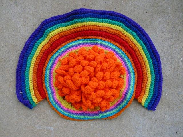 crochet rainbow and crochet chrysanthemum