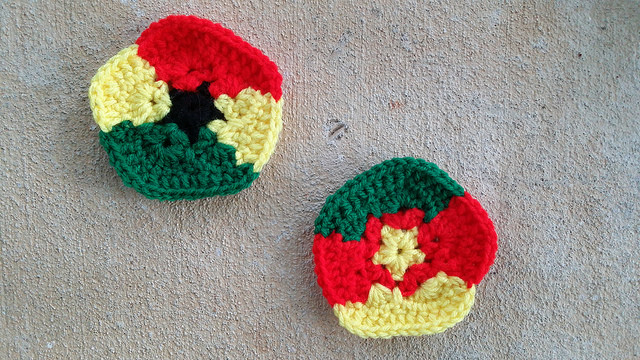 crochet pentagons inspired by the flags of Ghana and Cameroon