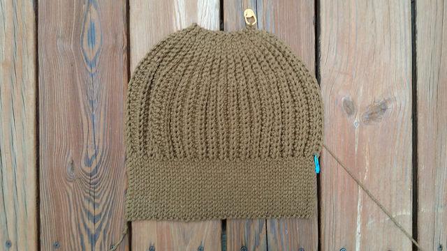 caramel seafarer's crochet cap