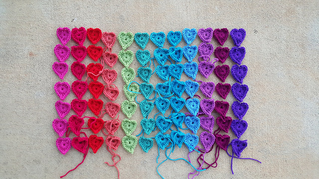 crochet heart rainbow
