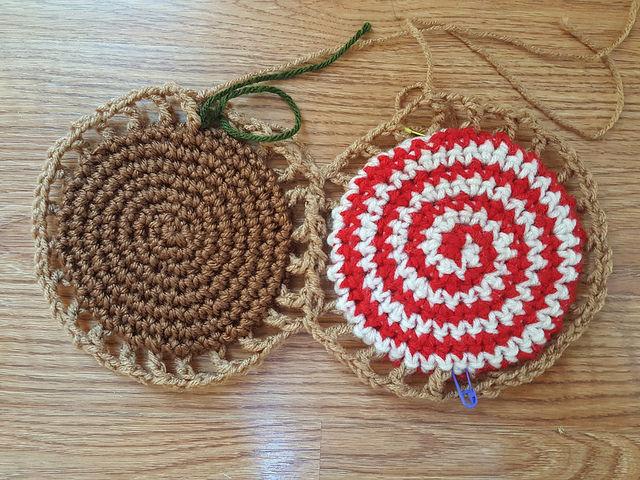 joining crochet cookies