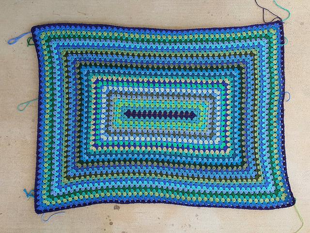 The First Thirty Five Rounds Of A Granny Rectangle Blanket Crochetbug