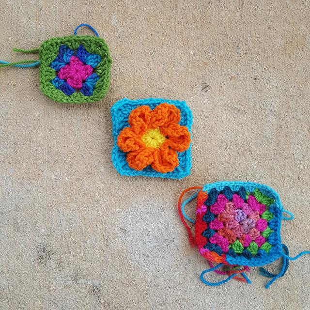 crochetbug, granny square, crochet blanket, crochet afghan, crochet squares, project amigo, crochet flower