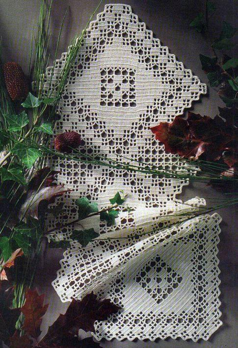 Crochet Table Runner  Crochet Kingdom 10 free crochet