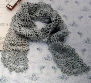 Pretty pineapple lace scarf to crochet ⋆ Crochet Kingdom