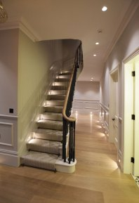Staircase-to-basement-SW4