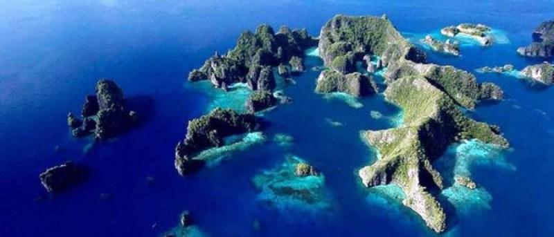 Vu aérienne des Archipels Indonésiens
