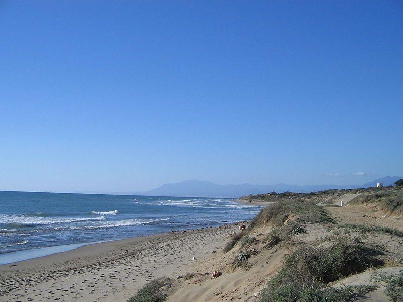 Dunas de Artola y Sierra Blanca.