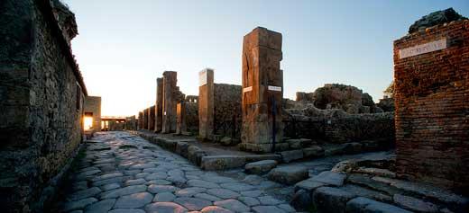 Vía de las termas de Pompeya